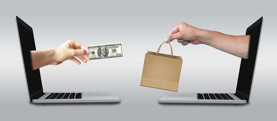 Ivacy-makes-Cheap-Online-Shopping-Sites-a-Reality1